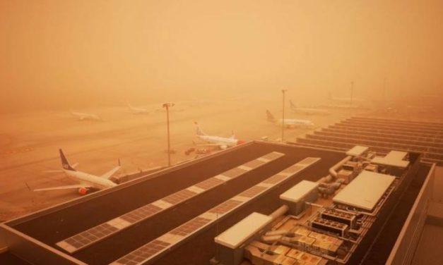 Sand i luften och orkanvindar