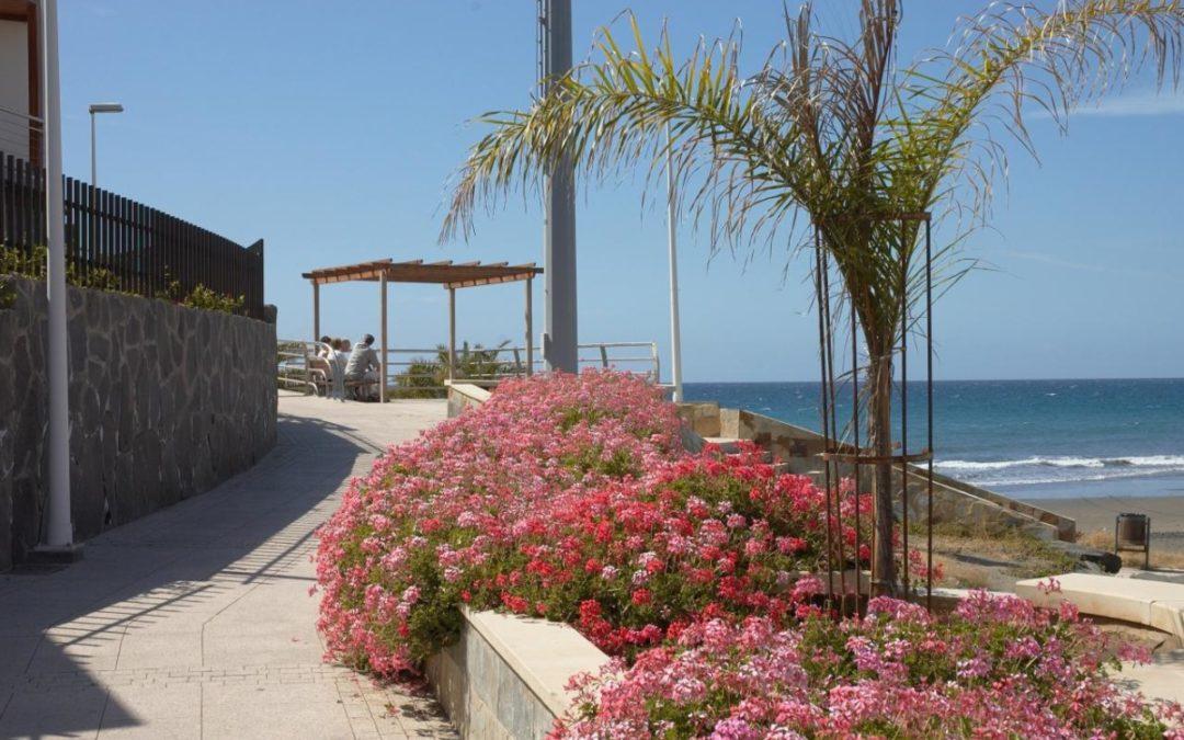 Strandpromenaden i San Agustin…