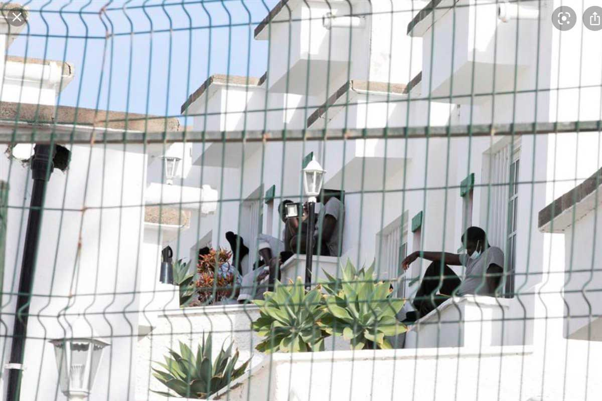 Flyktingar på hotell