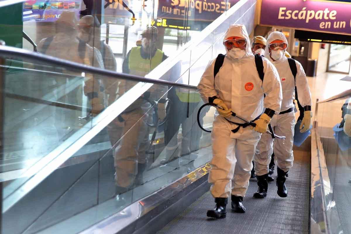 Desinfekterar rulltrappa