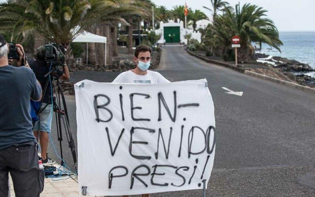 Presidenten semestrar på Lanzarote…