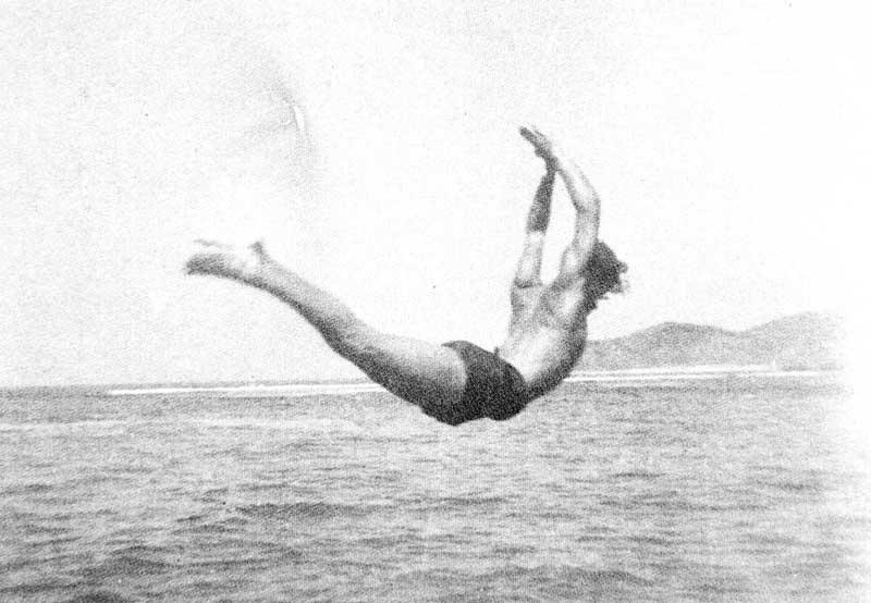 Tony Gallardo var en dyktig svømmer