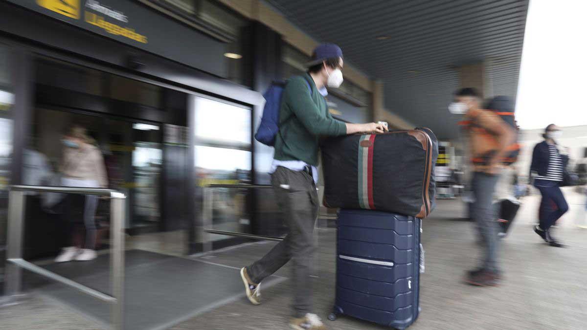 Resenär med väska